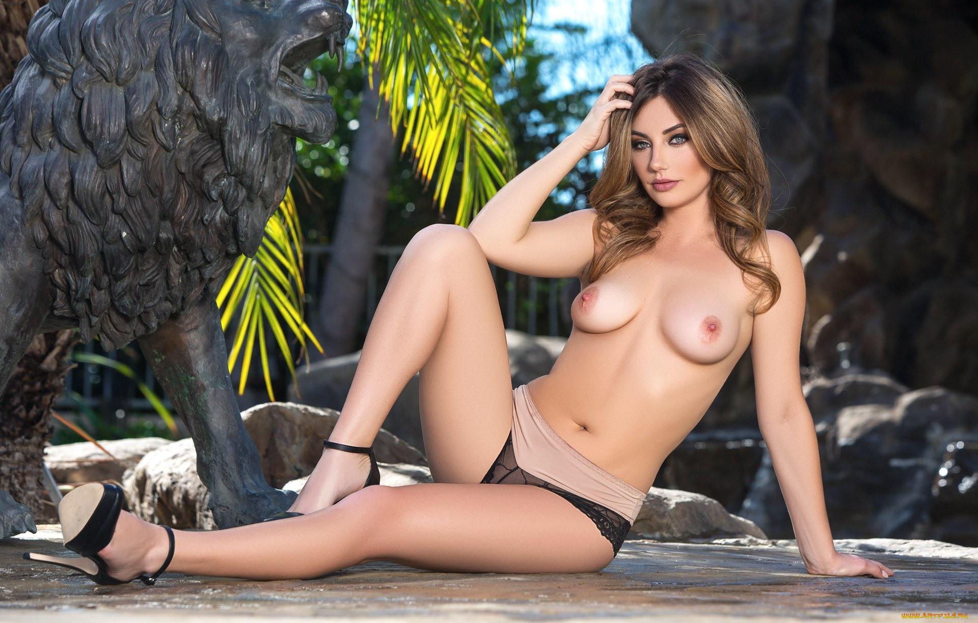 Lauren gottlieb hot unseen bikini, bra gq photoshoot